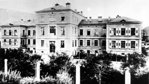 frauenklinik-um-1886-kurz-nach-der-gruendung
