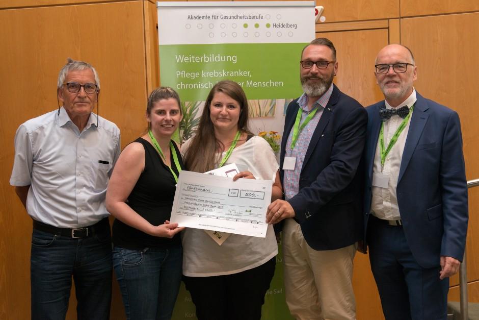 Der erste Preis ging an das Team der Station 205 B der Evangelischen Lungenklinik Berlin-Buch.